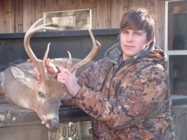Brandon Mitchell with his 220-pound, 8-point