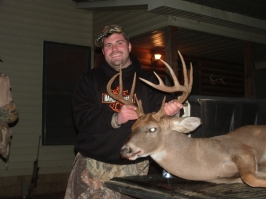 Jason Blatner with his beautiful 10-point